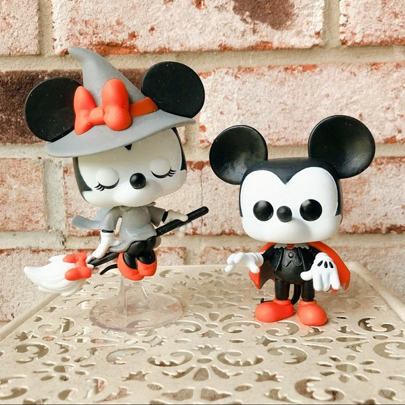 Vampire Mickey #795 & Witch Minnie Funko #796 Pops